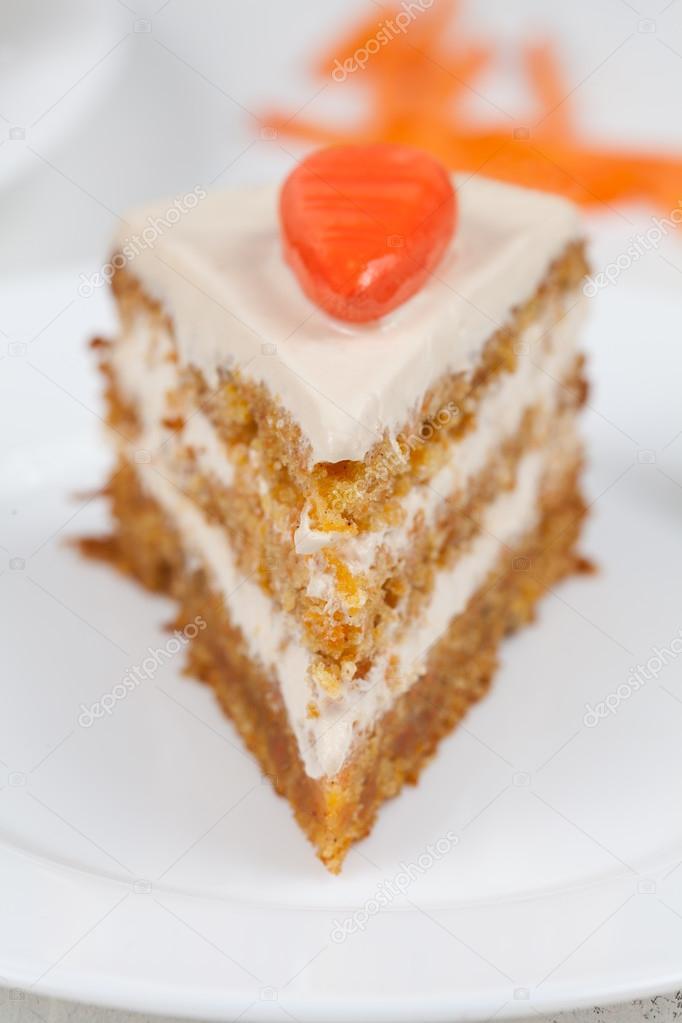 Gateau avec morceaux orange