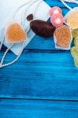 Marine theme blue background. Marmalade and heart — Stockfoto
