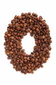 Alphabet letter O of roasted coffee beans isolated on white background — 图库照片