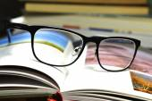 books and glasses — Foto de Stock