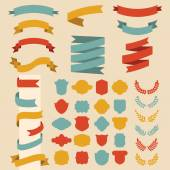 Set of ribbons, laurels and speech bubble — Stock Vector