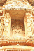 Ancient carvings in massive Chittorgarh Fort and grounds rajasth — 图库照片