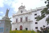 Immaculate colonial style St Pauls Church Diu gujarat india — Stock fotografie