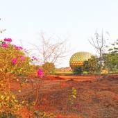 Auroville statue park india — Stock Photo