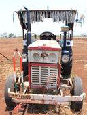 Ancient tractor india — Zdjęcie stockowe