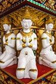 Sculpture.The rij van Thaise kunst sculpture in de tempel — Stockfoto