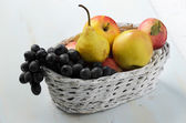 Grapes, pears and apples — Stock Photo