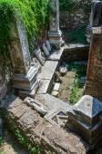 Ruins of Turkish baths of the XV century Bey Hamam  — Stock Photo