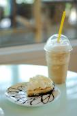 Banoffee with Coffee Frappe — Stock Photo