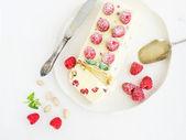 Semifreddo (italian cheese ice-cream dessert) with pistachios an — Foto de Stock