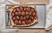 Rustic plum pie with walnuts and vanilla — Foto Stock
