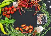 Mediterranean vegetable set consisting of garlic, chrry-tomatoes — Stock Photo