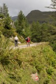 Hikers in the Alps, austria — Stock Photo