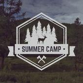 Vector camping emblem — Stock Vector