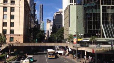 Traffic downtown Brisbane, Australia — Stock Video