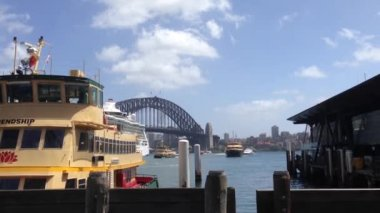 Ferries in Sydney harbour, Australia — Stock Video