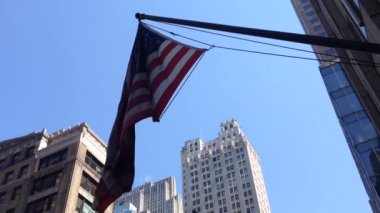 American flag in Manhattan, New York City, USA — Stock Video