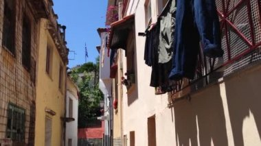 Laundry in the streets of Kavala — Stock Video