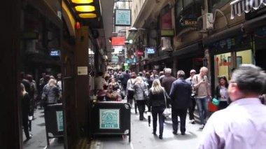 Crowd Downtown Melbourne, Australia — Stock Video