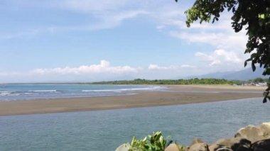 Coast at Quepos Costa Rica — Stockvideo