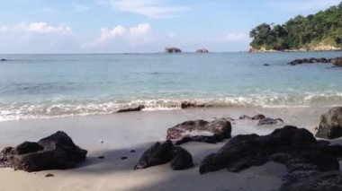 Beach at Manuel Antonio National Park, Costa Rica — Stock Video