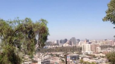 Going up from the San CristГіbal Hill in Santiago de Chile — Vídeo de stock