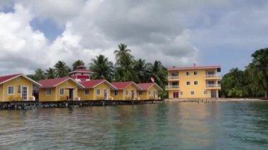 Holiday apartments in Bocas Del Toro, Panama — Stock Video
