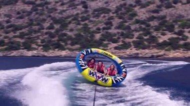 Friends on water ride — Vídeo de Stock