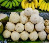 Tender and Fresh Coconut in the market — Fotografia Stock
