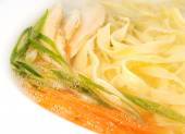 Nutritious noodle with chicken and vegetables — Stock Photo