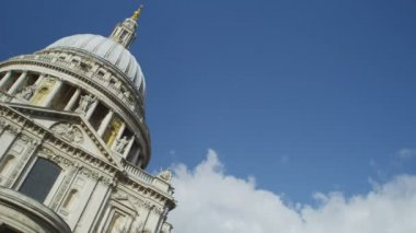 St Paul's Cathedral in London — Stock Video