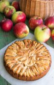 Cake with apples and cinnamon — Stock Photo