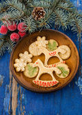Christmas cookies in festive decoration — Fotografia Stock