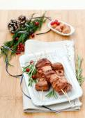 Skewered duck and foie gras — Stock Photo