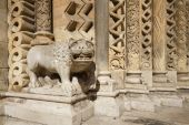Dubrovnik. Gothic sculpture of lion. — Stock Photo