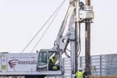 Drilling machine huge drilling floor — Stock Photo
