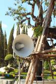 Megaphone is in a garden at the park — Stock Photo