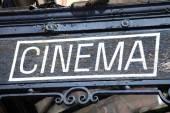 Vecchio segno di teatro del film di cinema — Foto Stock
