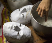 Hand and making mask — Stock Photo