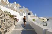 Walking in a sunny Thira — Stock Photo