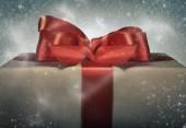 Kırmızı kurdele hediye kutusu. — Stok fotoğraf