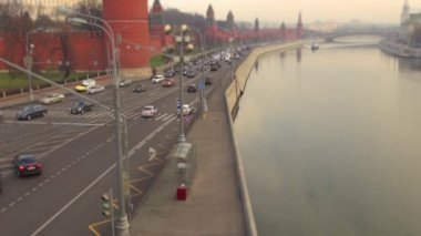The bustling traffic of cars and vehicle timelaps titl shift — Stock Video