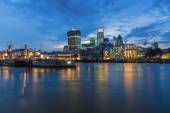 Night view of the City of London from the opposite side of the Thames — Stock Photo