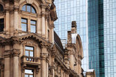 Contrast of old and new buildings in Frankfurt, Germany — Foto Stock