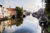 Picturesque harbour scene in Delfshaven, Rotterdam, Netherlands — Stock Photo