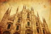 Vintage style picture of the facade of the Milan Cathedral — Zdjęcie stockowe
