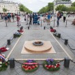 Tomb of Unknown Soldier under the Arc de Triomphe in Paris, France — Stock Photo #54935163