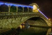 Rialto Bridge at night — Stock Photo