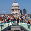 Millennium Bridge and St. Pauls Cathedral in London, Germany — Stock Photo #55208193