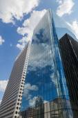 Modern buildings in the financial district of la Defense in Paris, France — Stockfoto